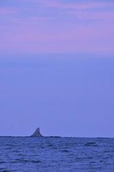 第39回サザンビーチちがさき花火大会で烏帽子岩(えぼしいわ)