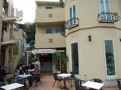 江ノ島Aloha Beach Cafe(アロハビーチカフェ)の外観