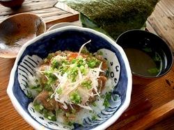 海鮮食事処江ノ島小屋のまかない丼