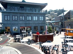 湘南江の島アイランドスパ湘南バーガーのオープンテラス