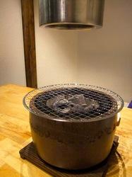 藤沢の韓国焼き肉料理湘南肉豚屋の七輪&排煙フード