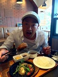辻堂テラスモール湘南のハンバーグレストランいしがまや