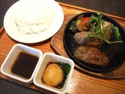 辻堂テラスモール湘南のハンバーグレストランいしがまやのプレミアムハンバーグ和風おろし