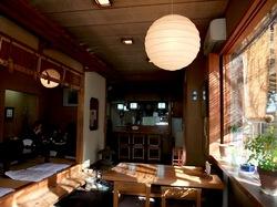 鎌倉市浄妙寺の老舗釜飯店釜めし多可邑(たかむら)の店内