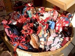 鎌倉小町通りの手ぬぐい&和雑貨専門店鎌倉ふぃるの巾着