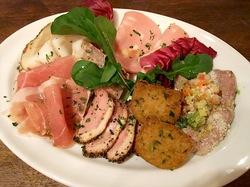 鎌倉のイタリアンレストラン「カチュッコ」のトスカーナお肉前菜盛り合わせ