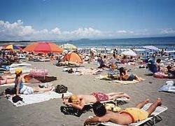 湘南・鎌倉の海水浴場:サザンビーチちがさき(茅ヶ崎海水浴場)