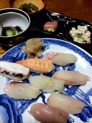 新潟県佐渡島の海鮮料理相川初のにぎり寿司
