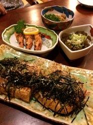 新潟県佐渡島の料理は小木まつはまの栃尾揚げ
