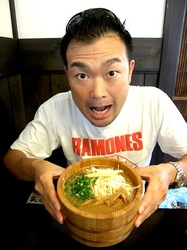 鯵ラーメンの小田原の鯵壱北條の鯵醤油ラーメン大盛り