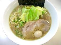 藤沢本町のラーメンすゞノや(すずのや)のキャベツラーメン