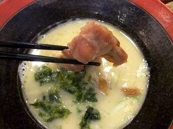 鎌倉小町通りの新魚介系鯛ラーメンかわかみのつけ麺の鶏チャーシュー
