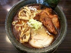 藤沢市湘南台の魚介系ラーメン田ぶしの本家田ぶしラーメン+厚切りパーコー