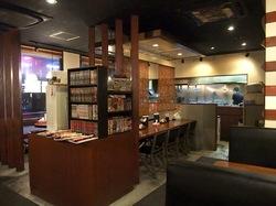 藤沢市長後のラーメン&つけ麺赤とんぼの店内