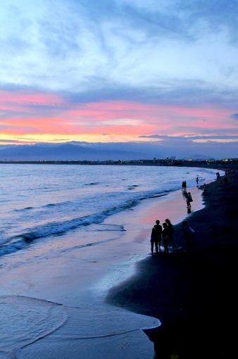 片瀬西浜から見た夕日はグラデーションのサンセット