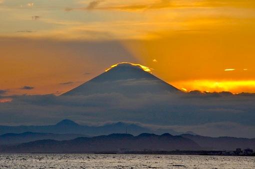 江ノ島片瀬海岸西浜で秋のダイヤモンド富士2014年チャレンジ