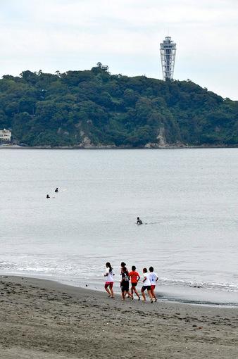 湘南海岸公園からの海と江ノ島