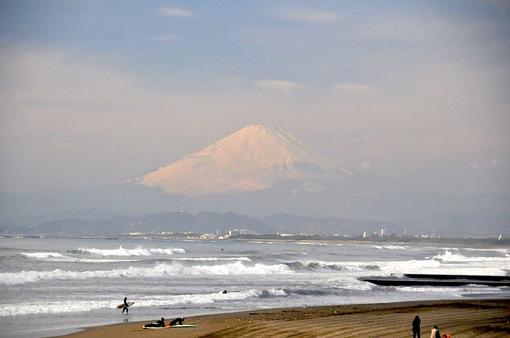 湘南海岸公園からの海と富士山