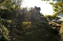 建長寺から天園ハイキングコース経由で獅子舞へ紅葉散策