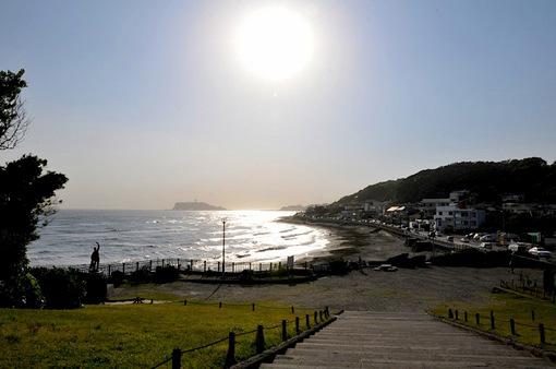湘南鎌倉稲村ガ崎からの海と夕日