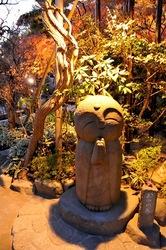 鎌倉長谷寺の紅葉ライトアップ和み地蔵
