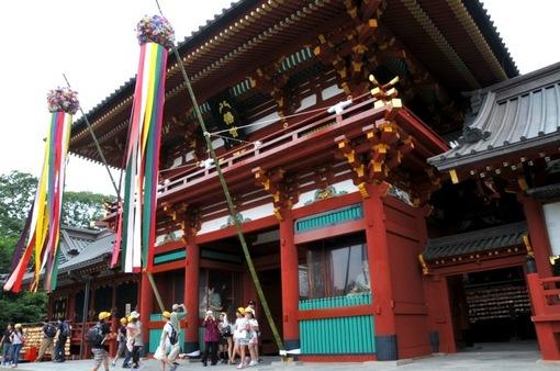 鎌倉鶴岡八幡宮の七夕祭り2014本殿の七夕飾り