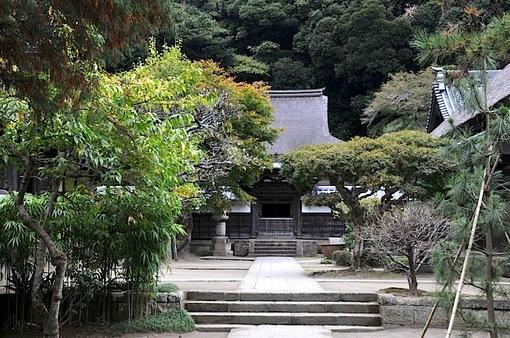 北鎌倉円覚寺の紅葉2014舎利殿