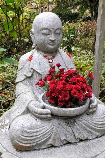 北鎌倉紅葉散策チェック2014明月院の花想い地蔵