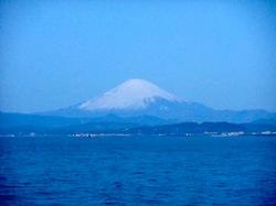 弁天橋からの富士山