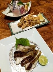 五島列島のグルメ情報ご当地グルメ&珍味は若松島割烹ゆうのウツボの燻製