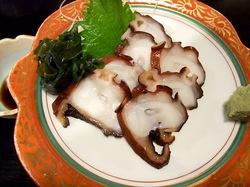 藤沢市善行の炉端焼き居酒屋北の家族のタコの刺身
