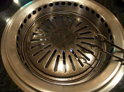 藤沢市善行の焼き肉松の実の無縁ロースター
