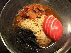 藤沢市善行の焼き肉松の実の冷麺